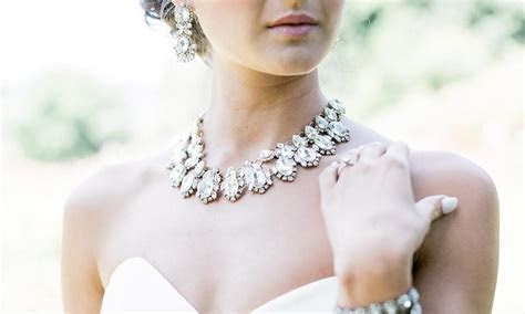 Wedding Jewelry for Brides: How to Choose Bridal Jewelry   JJ