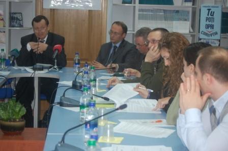 Prezentarea celui de-al patrulea raport de monitorizare  a accesului la informatiile oficiale din R.M