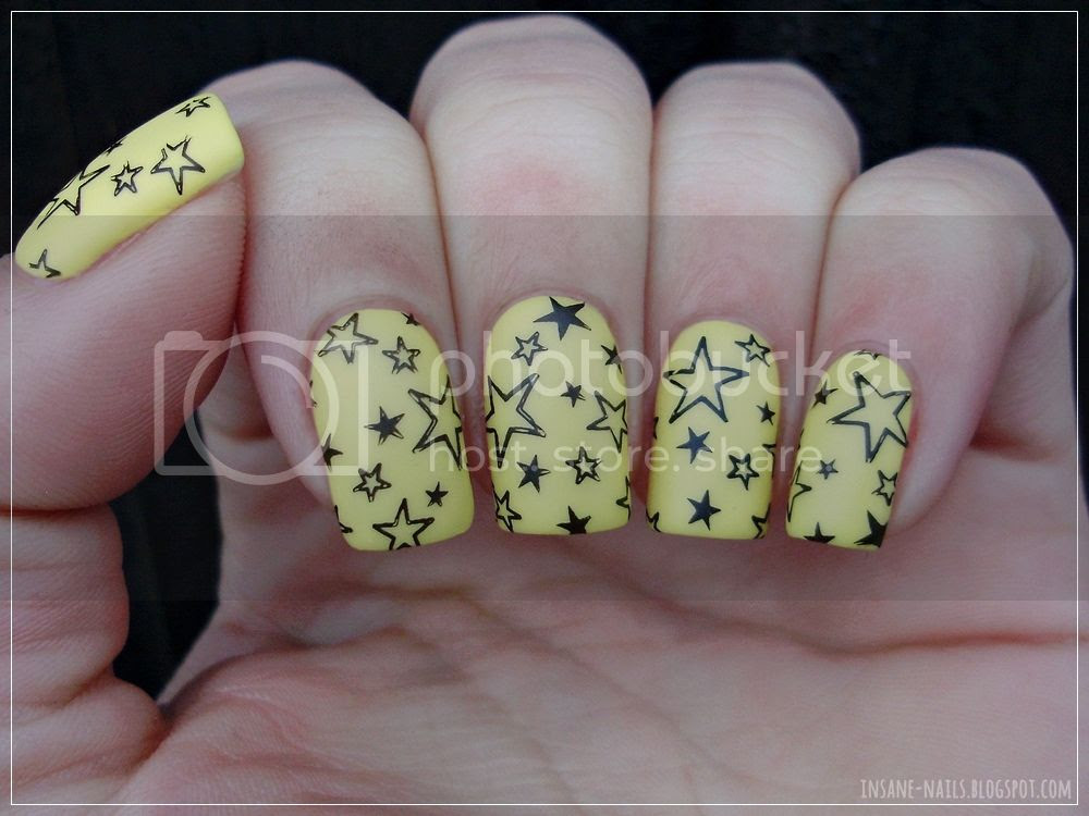 photo matching-manicures-yellow-nails-2_zpsdlivoq7k.jpg