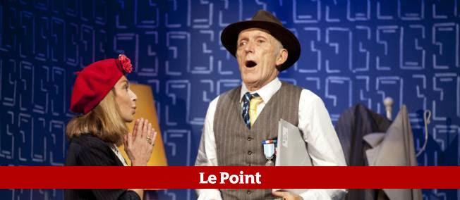 """Nicole Calfan et Rufus sur la scène du Petit Théâtre de Paris pour """"Mur""""."""