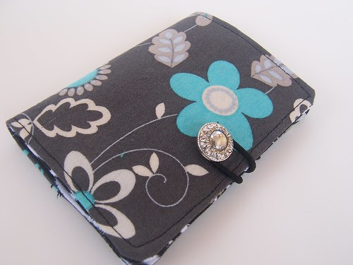 gray daisy business card wallet