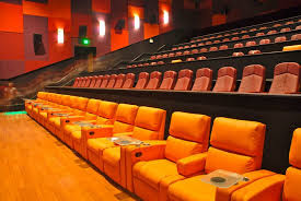 Movie Theater Living Room Theaters Reviews And Photos 341 Sw