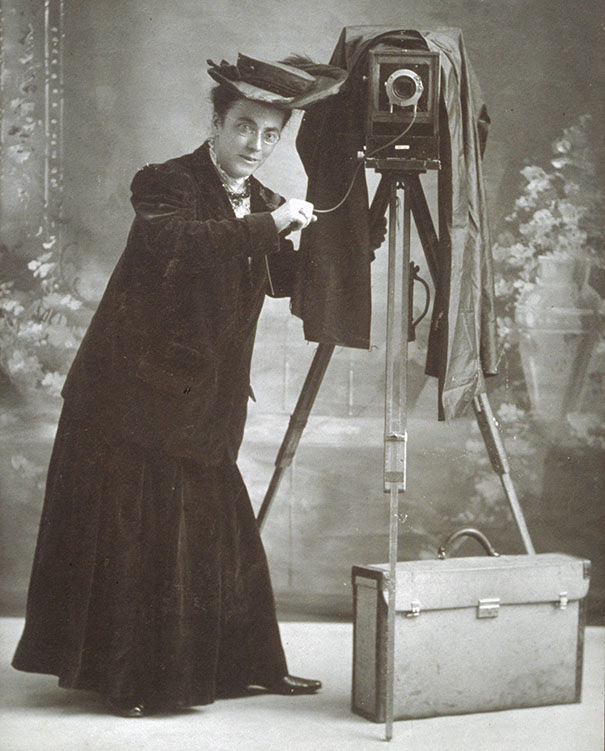 first-female-photojournalist-america-jessie-tarbox-beals-5