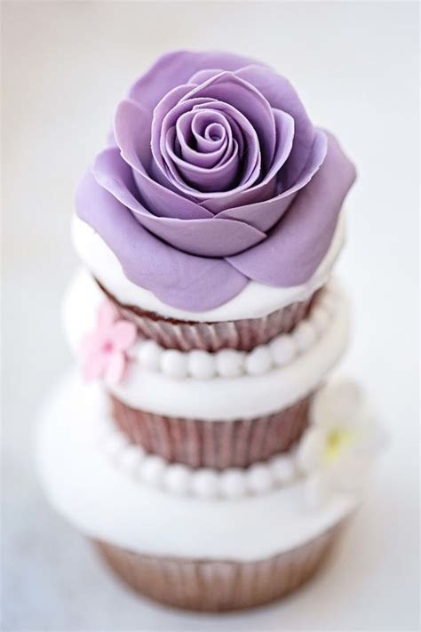 Purple Rose Cupcake   Cupcakes Gallery