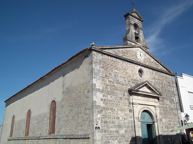 Fichier:Eglise de Saint-Trojan.JPG