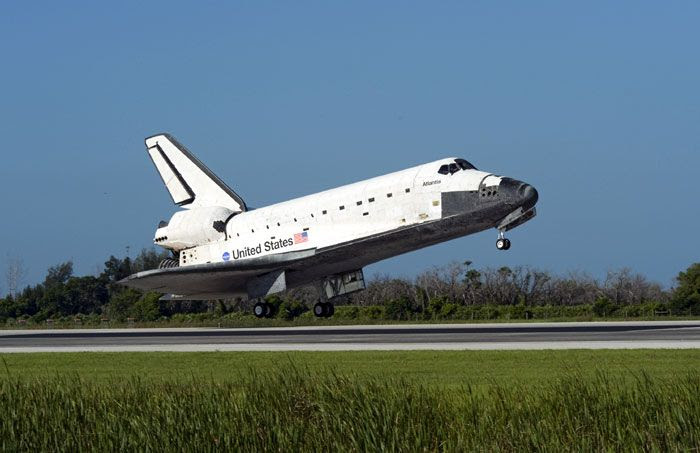 After completing mission STS-132, space shuttle ATLANTIS lands at Kennedy Space Center in Florida on May 26, 2010.