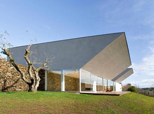 minimalistische Architektur \u2013 modernes Haus in Portugal