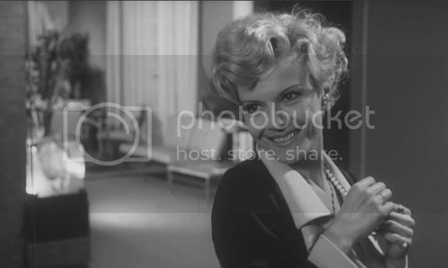 photo Delphine_Seyrig_musica_b-01.jpg