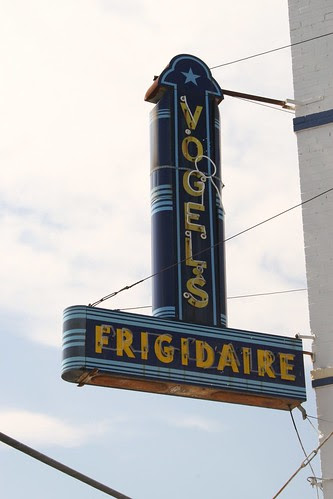 vogel's frigidaire sign