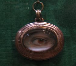 Eye  miniature 1
