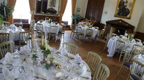 Alternative Weddings : unusual and affordable wedding venues