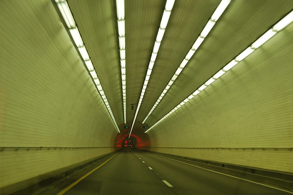 I 10 Tunnel Under Mobile Bay Shot A Shot Out The Car On