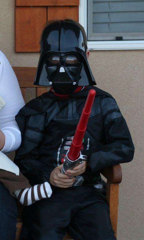 2008Halloween Darth Vader web