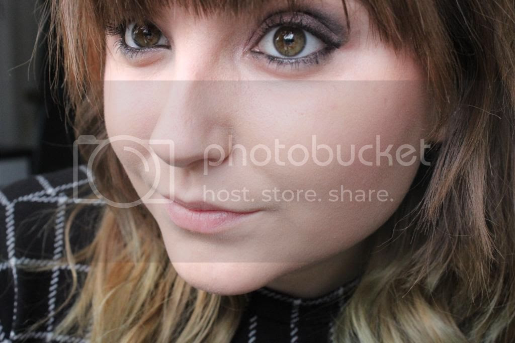 photo Makeup Rev Eyes - Face.jpg