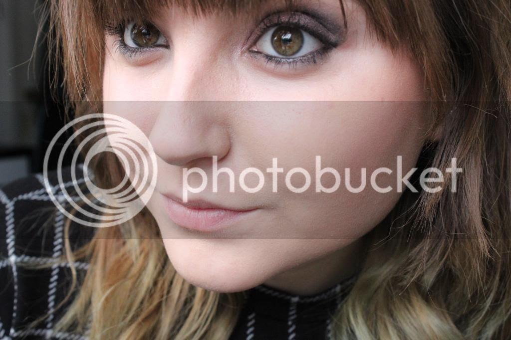 photo Makeup Rev Eyes - Face.jpg