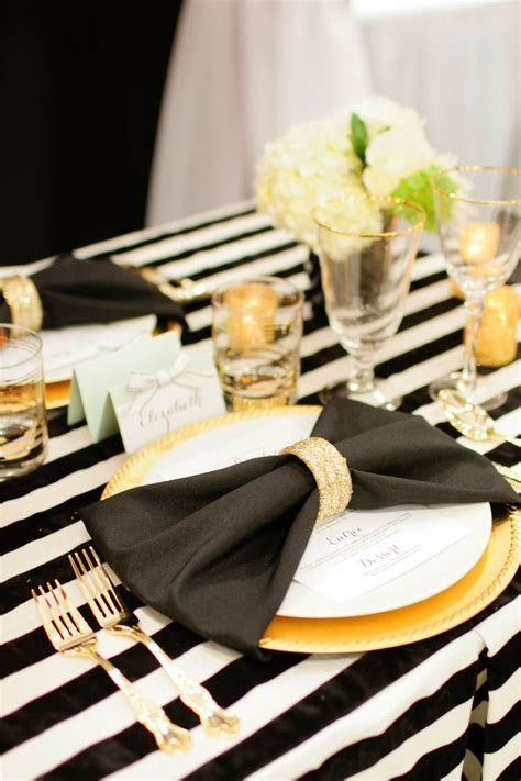 25  best ideas about Bow Tie Napkins on Pinterest   Bow