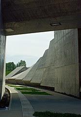 Tumbling walls