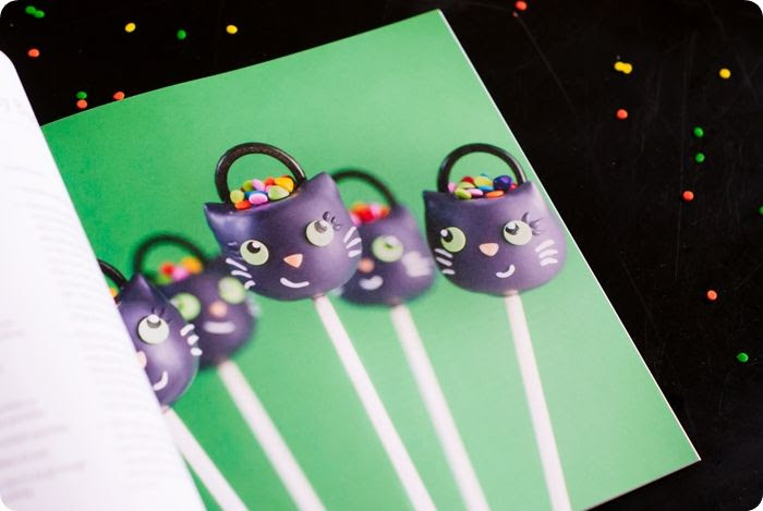 Cake Pops Halloween by Angie Dudley (Bakerella)