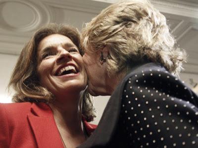 Botella dice que su relación con Aguirre es 'buena'. EFE