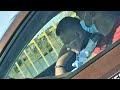 VIDEO Un polițist examinator a adormit în timpul probei practice pentru obținerea permisului auto, la Suceava