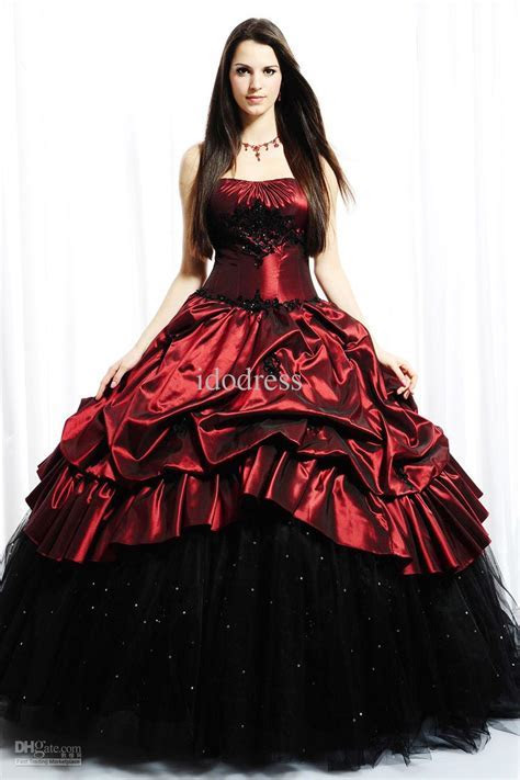 Dark Elegant Gothic Wedding Dress   Fashion