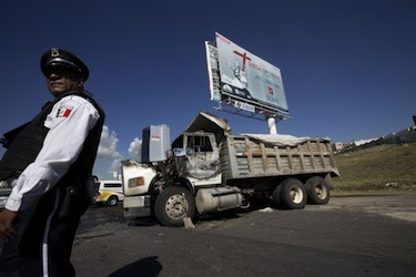 Fragmenting Criminal Gangs: Mexico Follows Colombia
