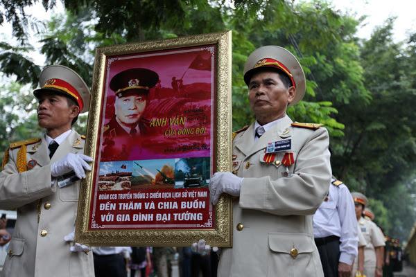 hiến pháp, tham nhũng, ban Nội chính, Nguyễn Bá Thanh, nhân sự, Vinalines, Dương Chí Dũng