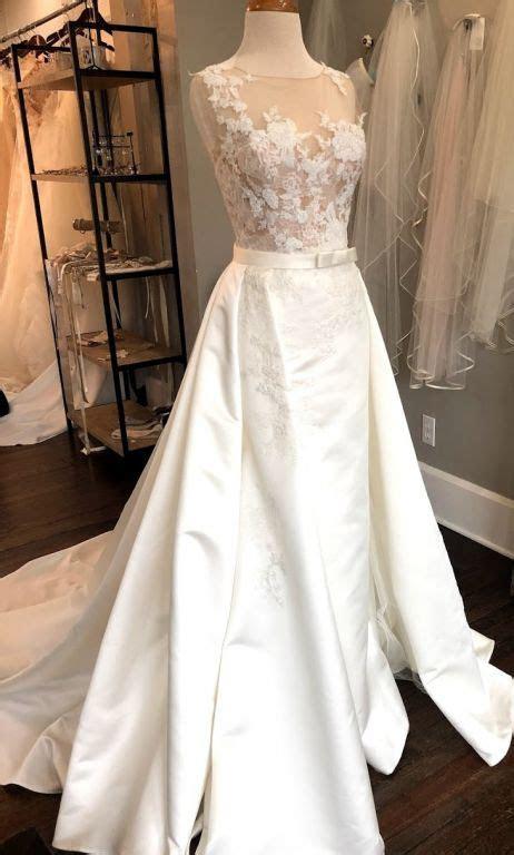 Pronovias Dranoe, $1,250 Size: 12   Sample Wedding Dresses