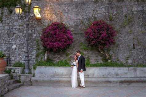 How To: Plan a Wedding Abroad (on a budget)   Affordable