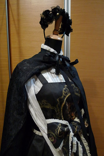 Mannequin Snap: Gothic-Inspired Juliette et Justine