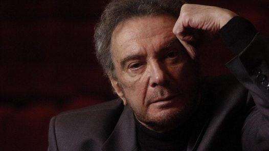 En España intervino en 'Estudio 1', y en otras obras como 'Edipo XXI', del Grec, en 2002