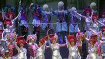 El coro 'La reina de la noche' en uno de sus pases en el escenario del Teatro Falla.