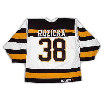 photo Boston Bruins 1991-92 TBTC B jersey.jpg