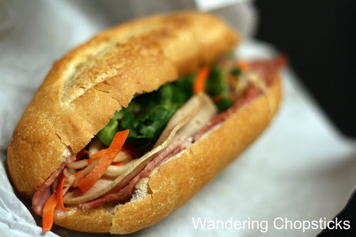Banh Mi & Che Cali Bakery - Westminster (Little Saigon) 2