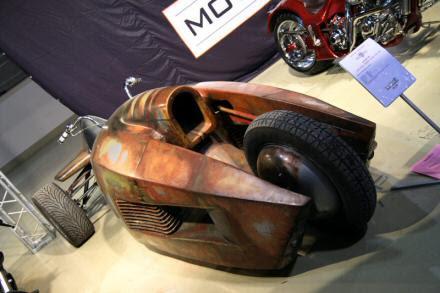 Triciclo Pós-apocalíptico Luber Custom Stilet