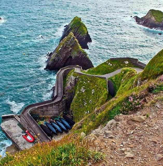 cliff paths are a beautiful too rubber way to larn the most out of  ane of nature The World's Spectacular Cliff Paths