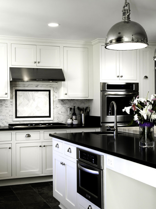 BLACK & WHITE kitchen – How to use this trend in your house