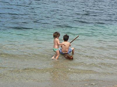 deux petits baigneurs.jpg