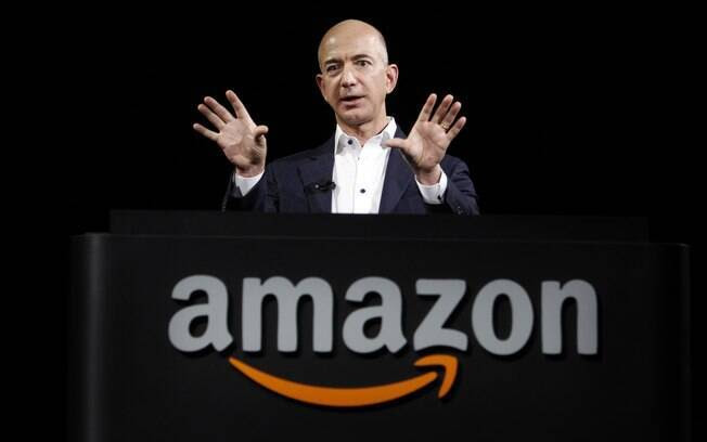15. Jeff Bezos, fundador da Amazon e dono do Washington Post tem US$ 34,8 bilhões. Foto: (AP Photo/Reed Saxon
