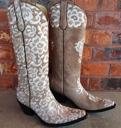 17  best ideas about Wedding Cowboy Boots on Pinterest