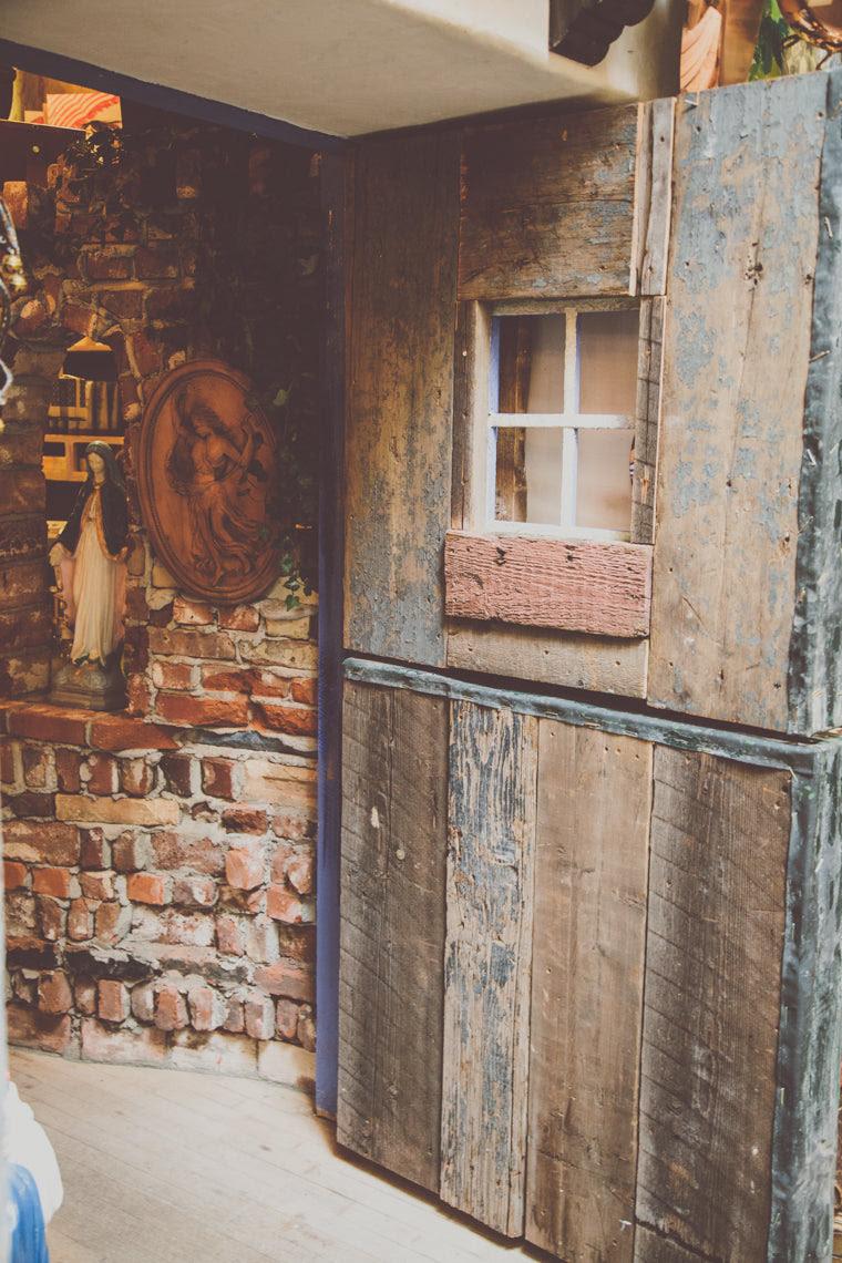Photo of Wooden door in Pearl Street shop