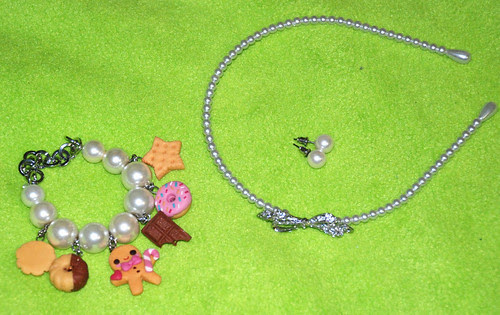 Heart outfit - accessories