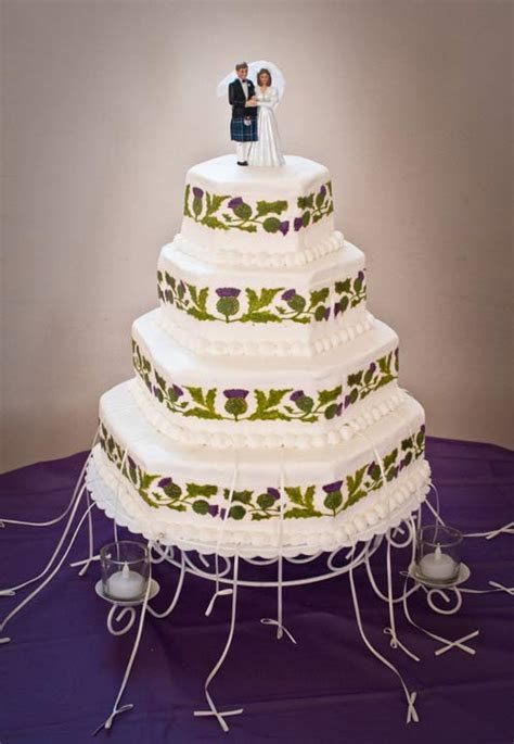Images of Wedding Charm Cakes and Celebrations