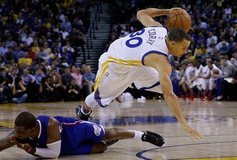 Stephen Curry Crossover Blake Griffin