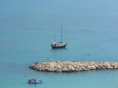 bateau menton.jpg