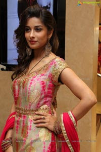 One Night Stand Actress Nyra Banerjee