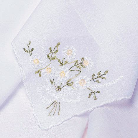 bride.ca   Bridal Styles: The Wedding Handkerchief