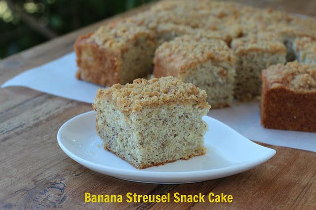 Banana Streusel Snack Cake