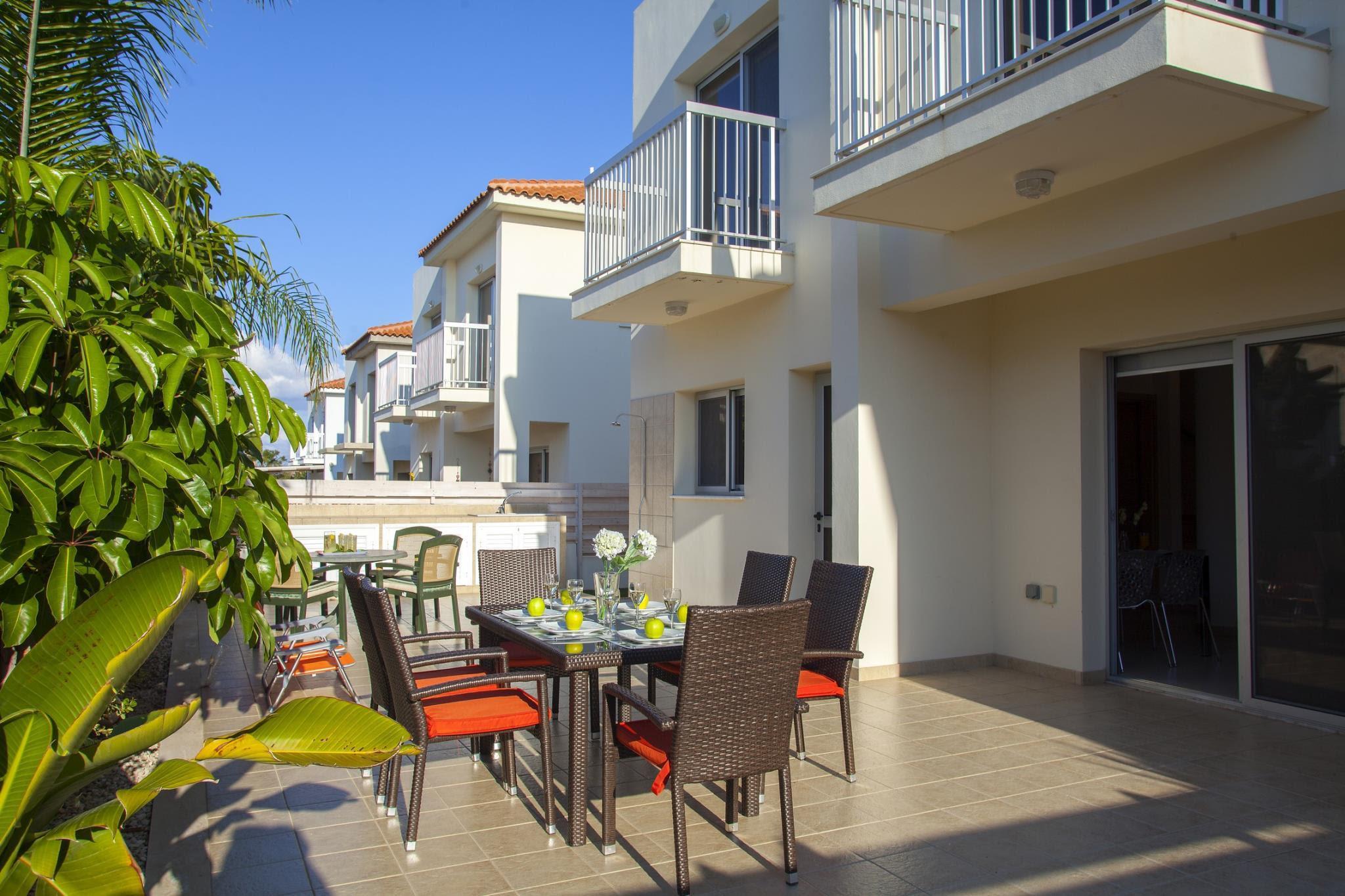 PEPC15 Villa Posidonas Reviews
