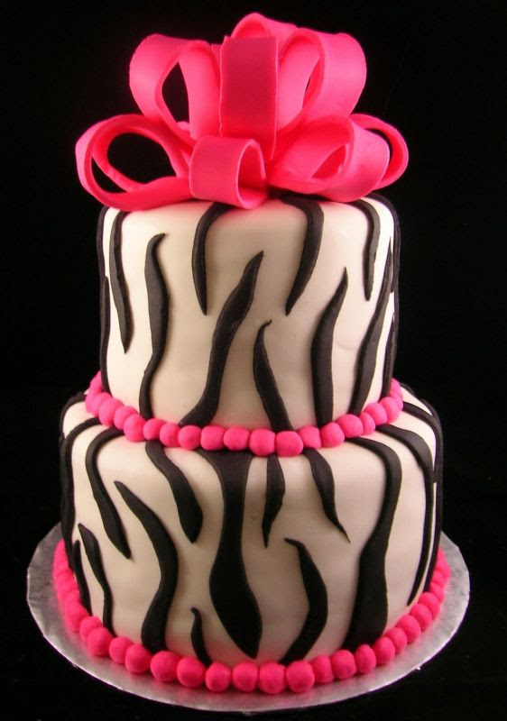 My friend asked me to make an animal print cake for her cousin's birthday.